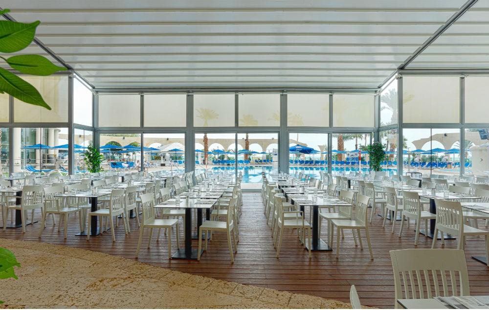חדר אוכל בדניאל ים המלח